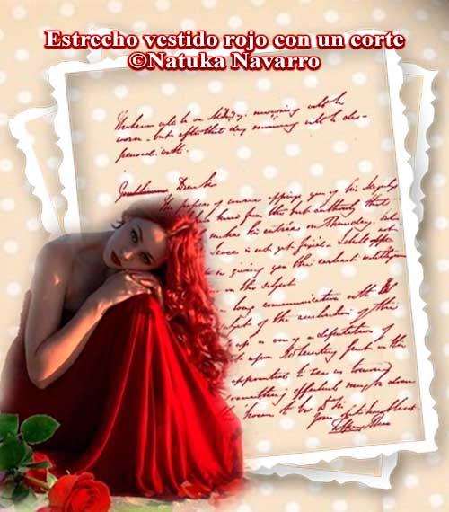Estrecho vestido rojo con un corte